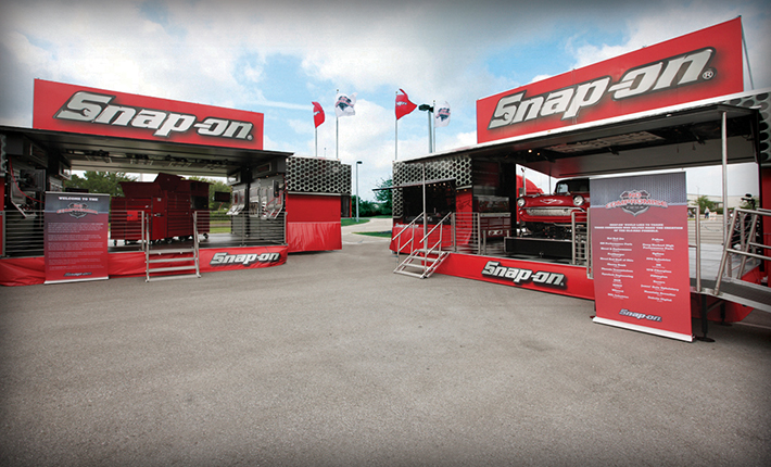Snap-on_NCT_Trucks2_710px
